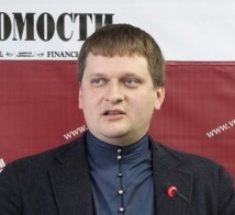 Александр Серавин
